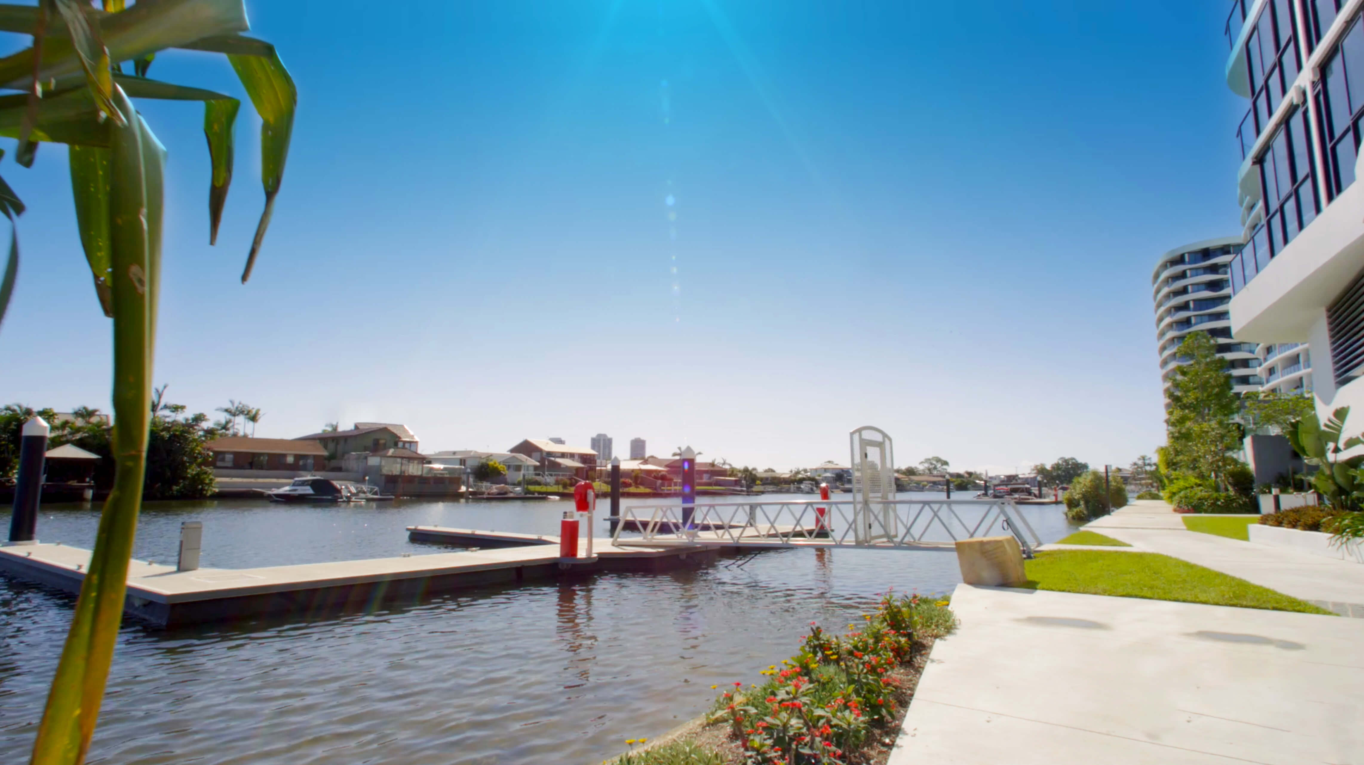 Marina Berth - Located directly on the water, out the front of your apartment complex. Walk straight from your apartment and climb aboard your boat to discover everything the Broadwater and Gold Coast waterways have to offer.