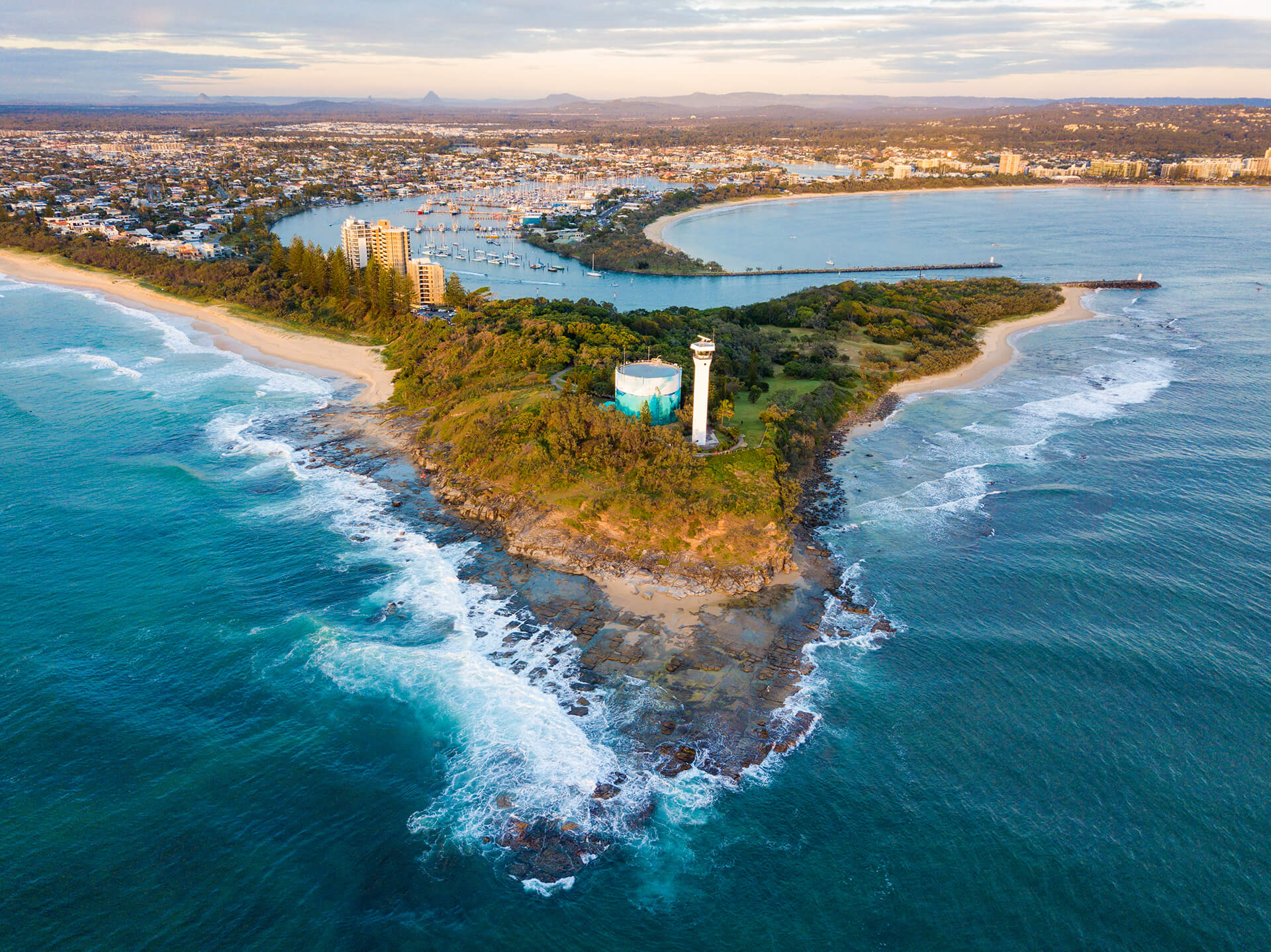 The best beaches of the Sunshine Coast at your doorstep