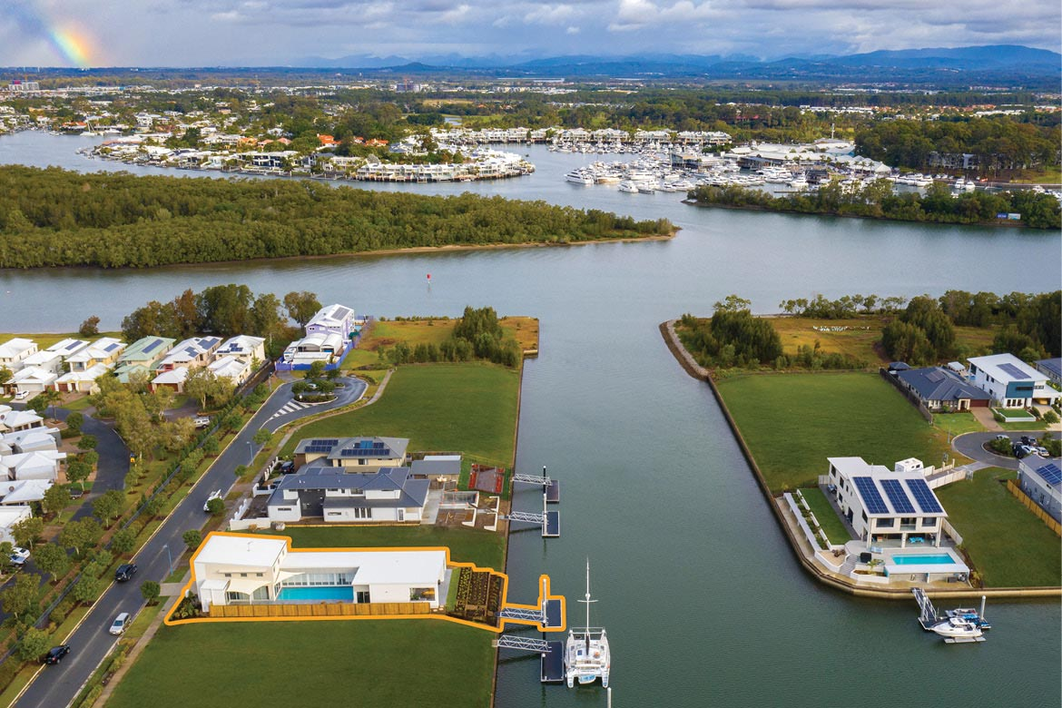 Direct access to the Coomera River